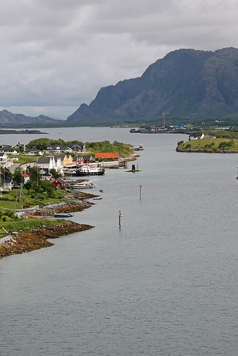 de belles maisons sur une île