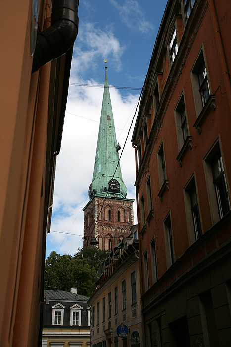La cathédrale St-Jacques date de 1225