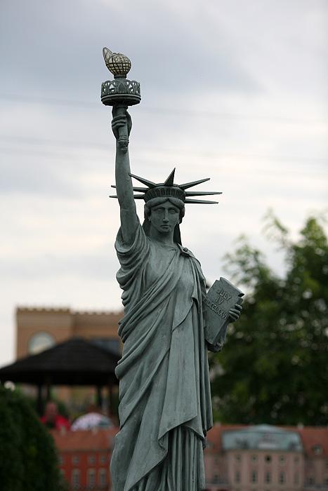 et la statue de la liberté