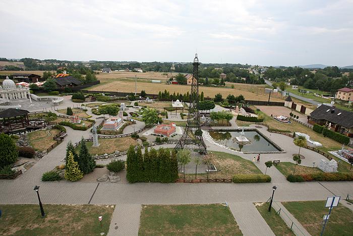 D'où l'on a une belle vue sur le parc