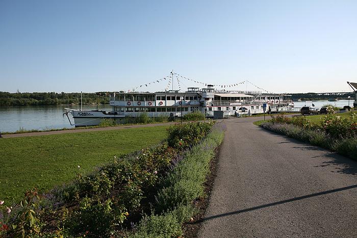 """Le bateau """"Vienne"""" fait des croisières sur le Danube"""
