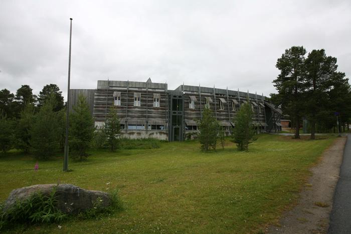 Le parlement a été créé en 1988, suite aux protestations Samis qui avaient lieu au début des années 1980 contre la construction d'un grand barrage hydroélectrique sur leur territoire. Sa mission est de protéger la langue et la culture samie dans toute la Norvège. Il conseille le gouvernement Norvégien sur toutes les questions autour des Samis.