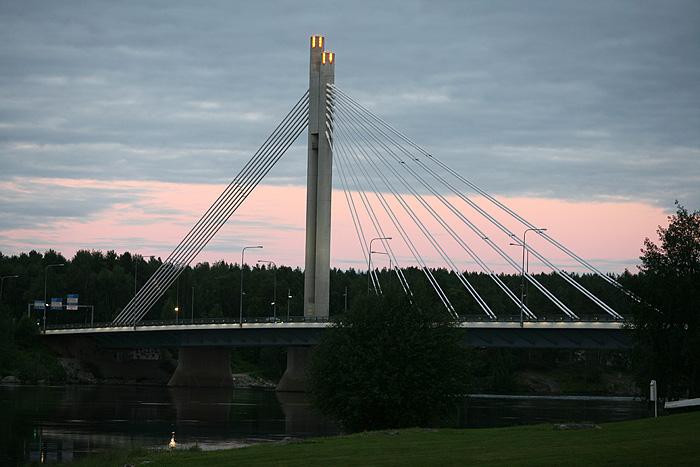 le pont de l'autre côté