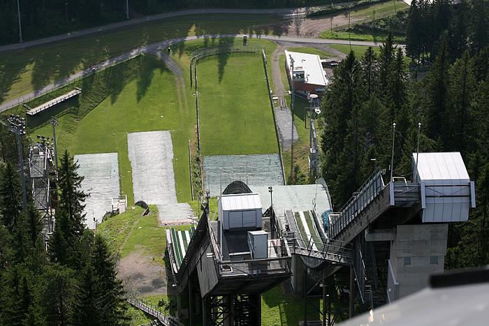 Les tremplins de saut à ski, vus d'en haut